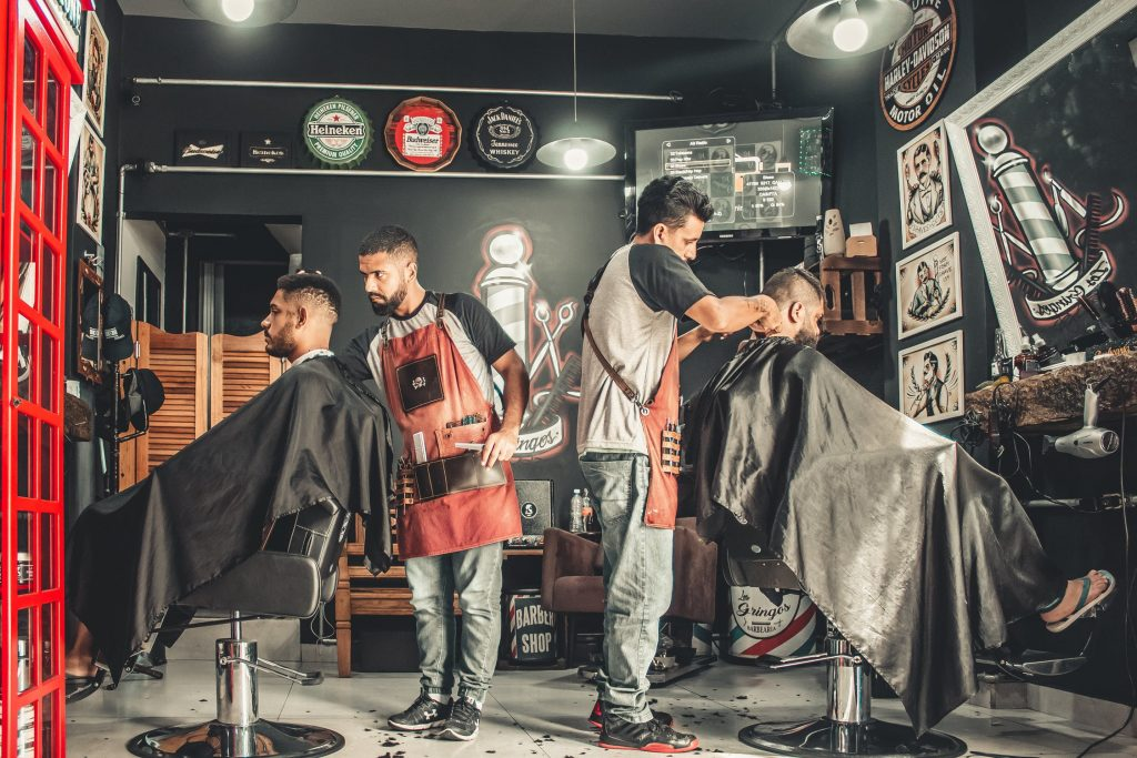 Men-Only Barbershop Under Attack for Kicking Woman Out